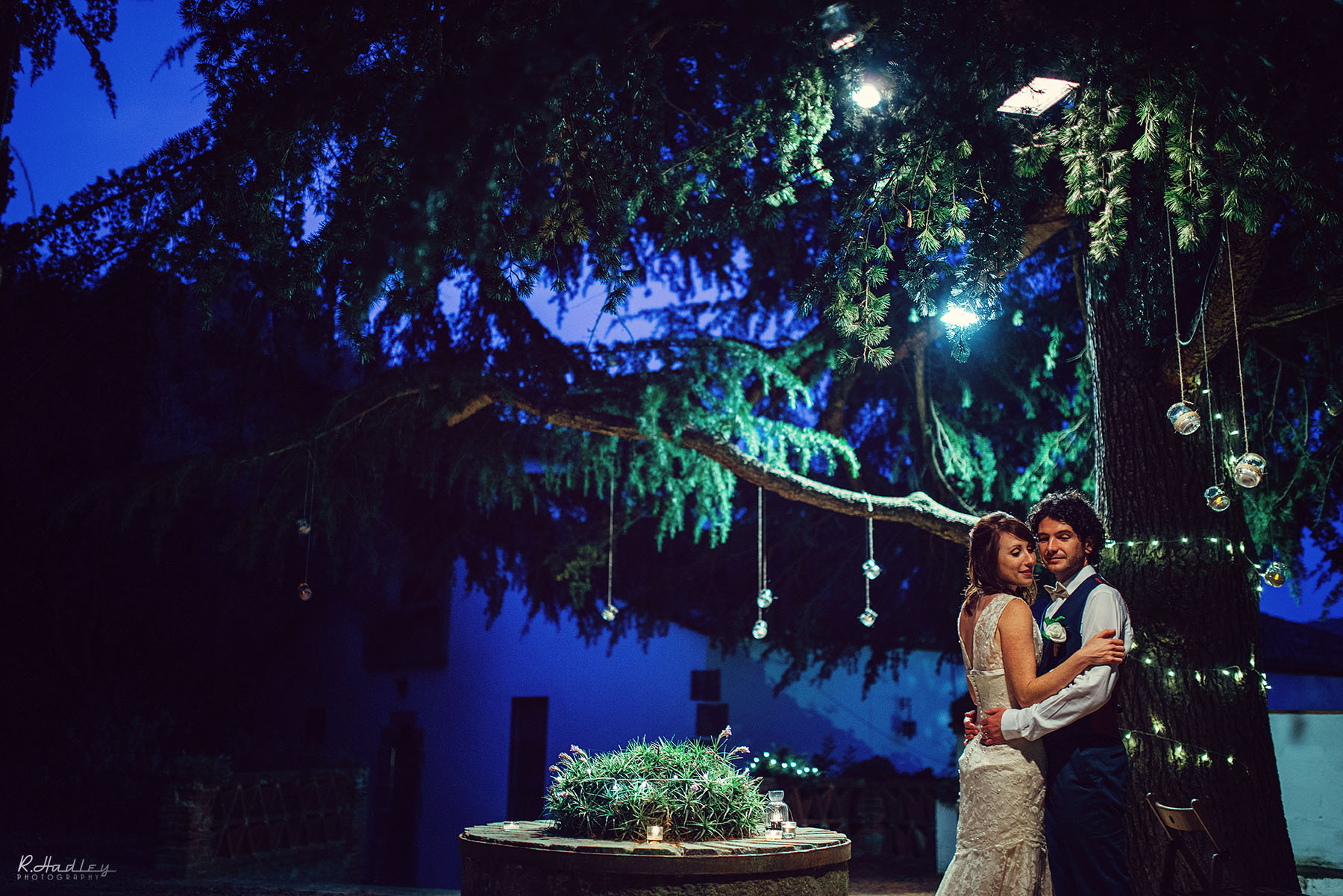 Wedding photographer at Sant Pere de Clara, Barcelona