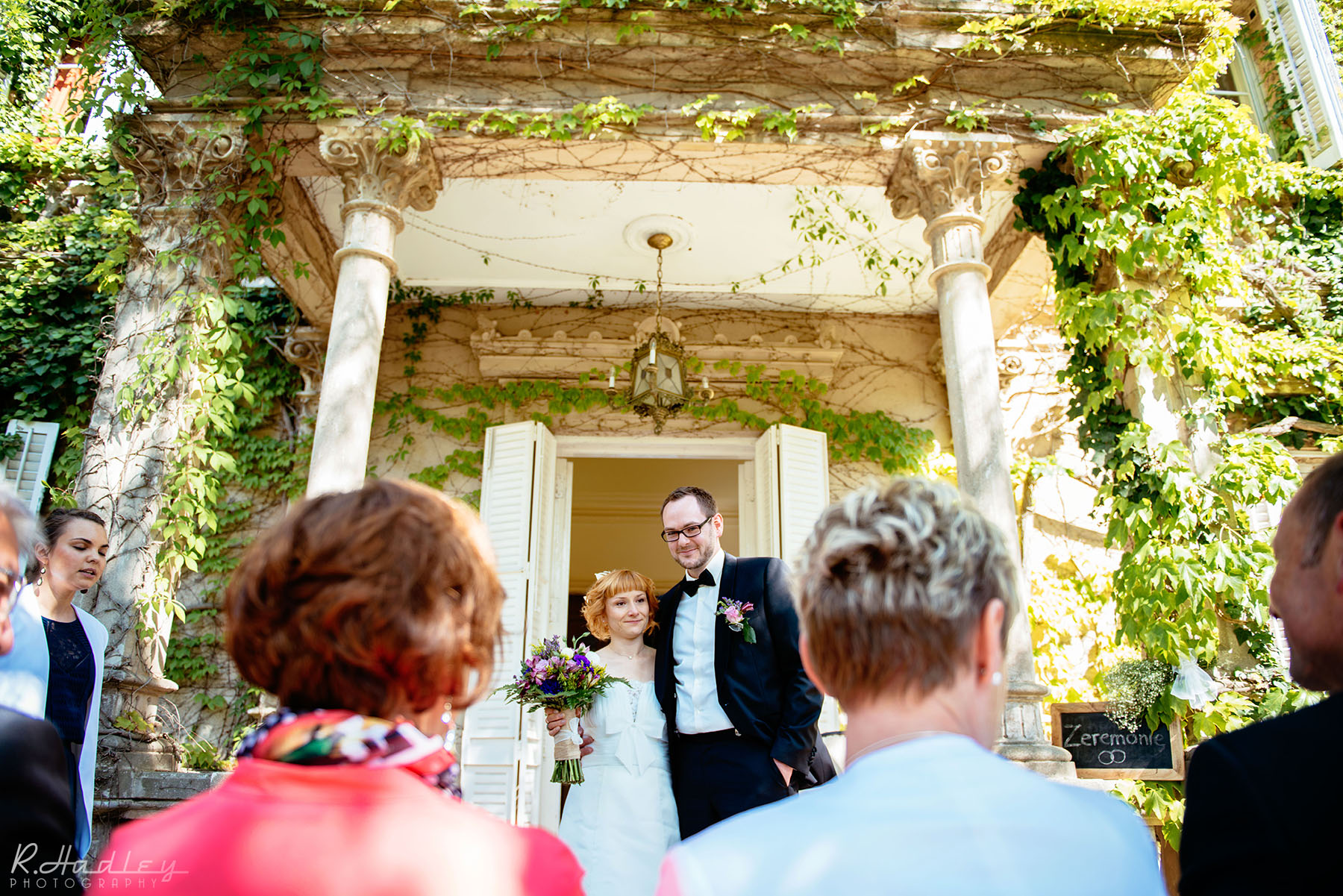 Wedding photographer at El Palacete d'Orsa, Barcelona.