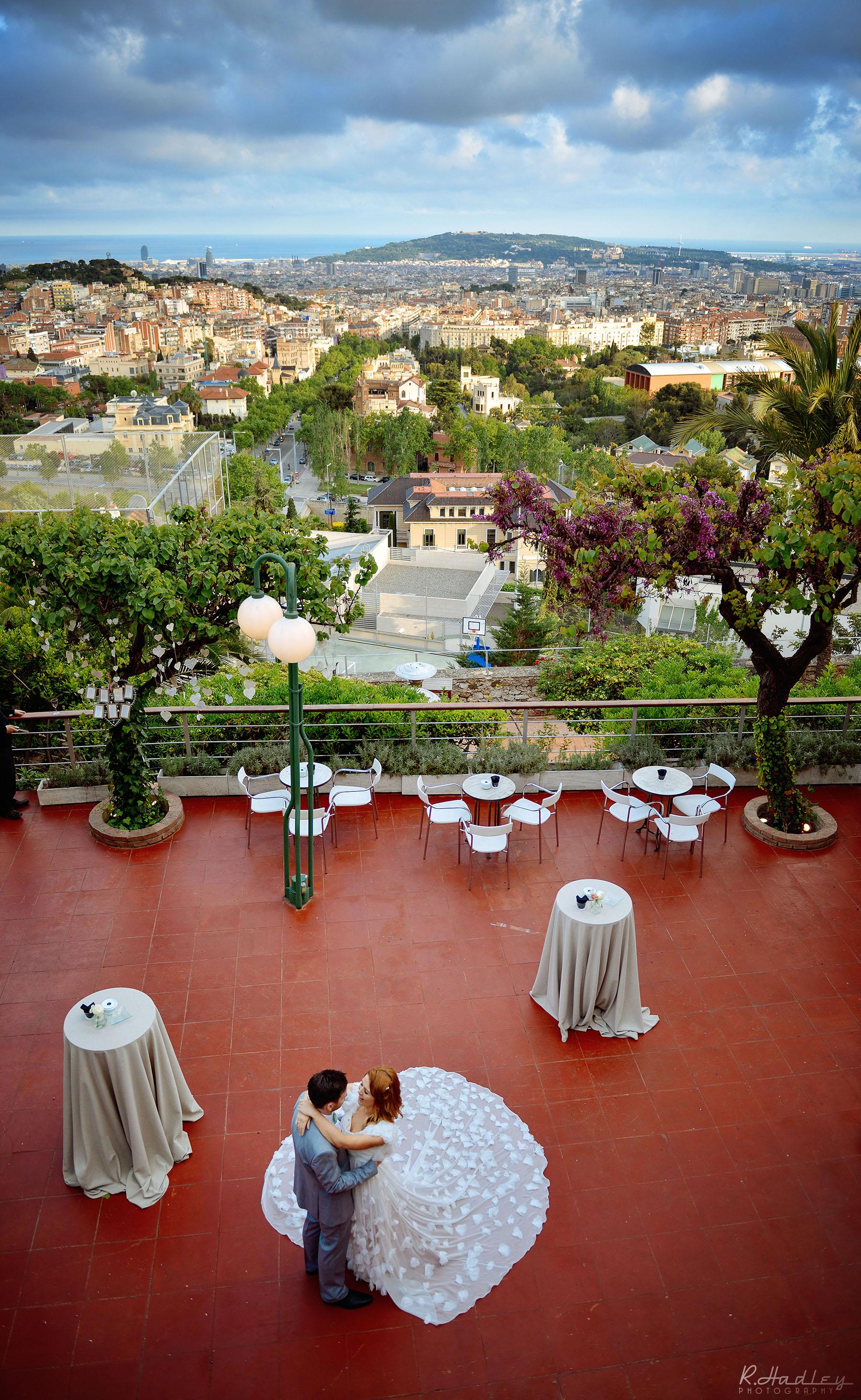 Wedding of Timmy and Sarah at Santa Anna Church and Restaurant Mirabe, Barcelona.