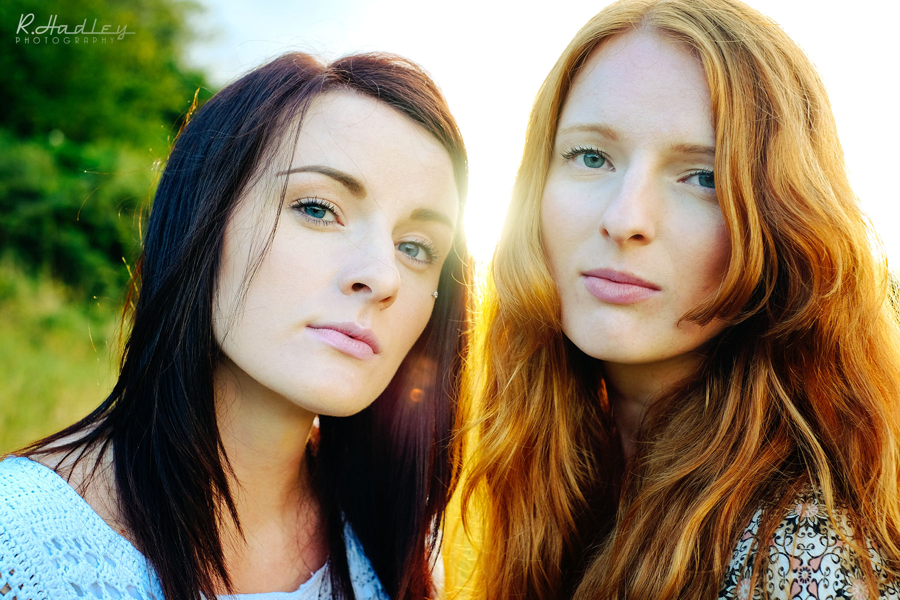 Portrait shoot of Hayley and Natalie Slatford at Hartshill Hayes Country Park