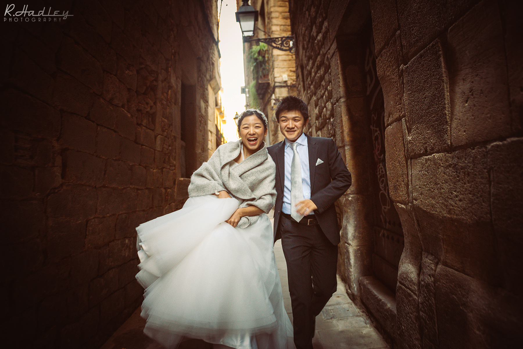 Wedding engagement photographer in Barcelona