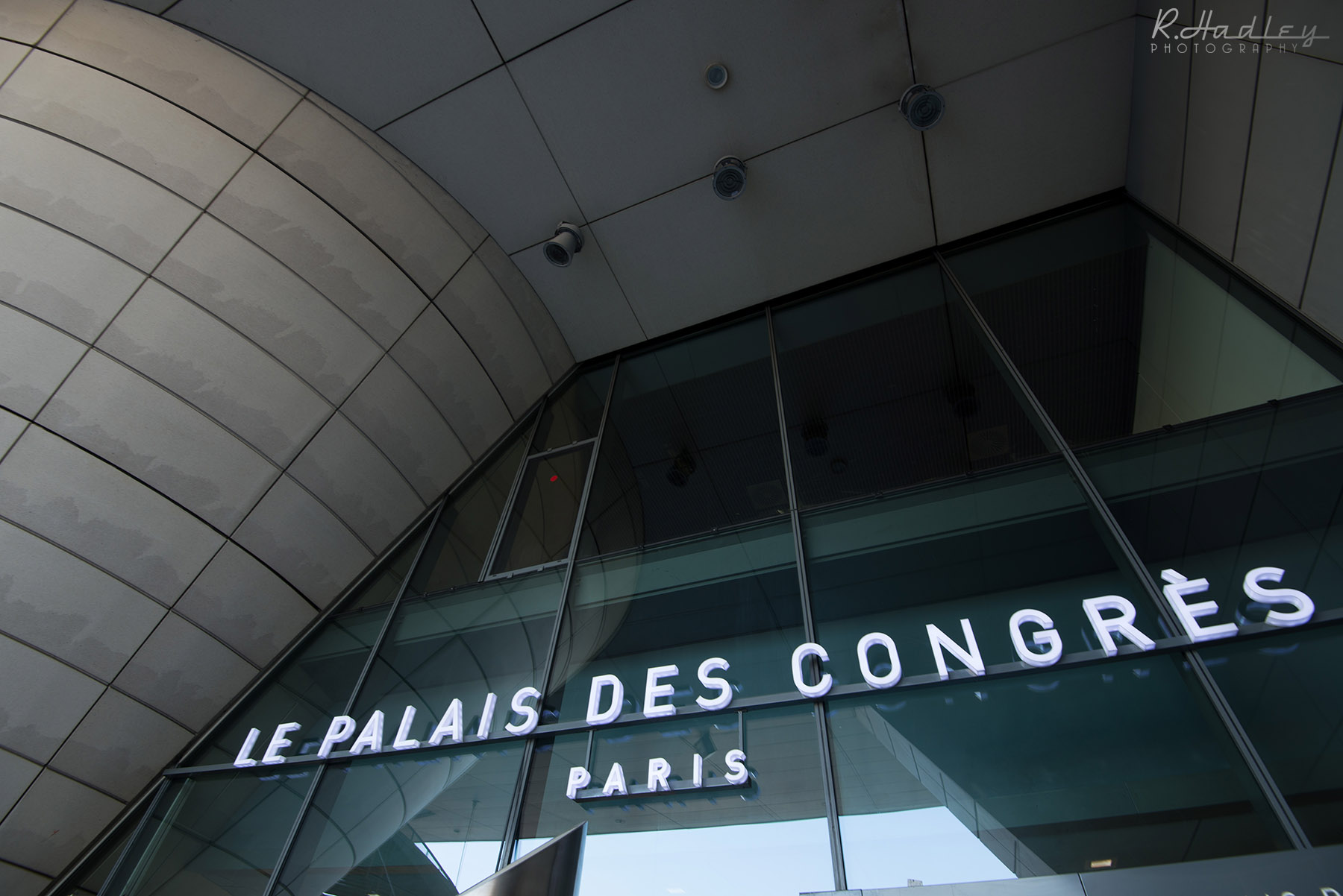 Congress event photographer in Paris at Le Palais des Congres